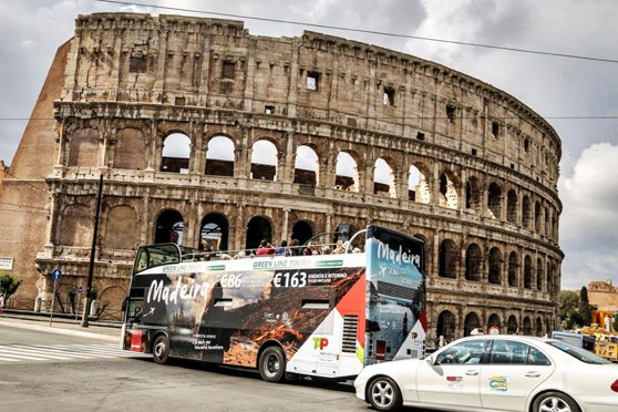 Europe Media Pubblicità su mezzi Pubblici Bus Turistici