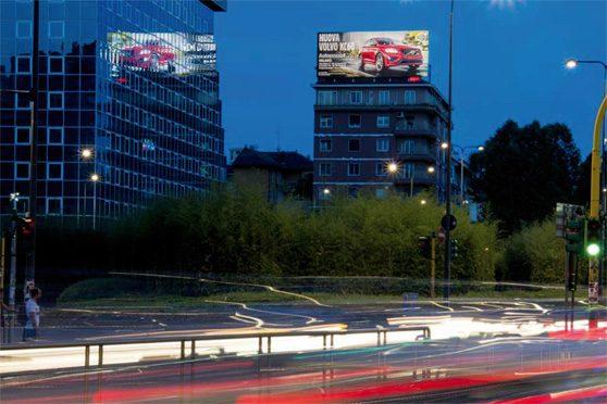 maxi affissioni pubblicitarie roma