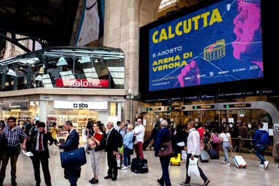 europemedia_pubblicita_grandi_stazioni_maxi_ledi_milano_dna_concerti_1