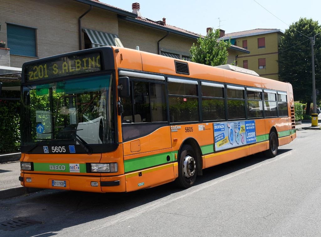 europemedia_pubblicita_dinamica_bus_decathlon