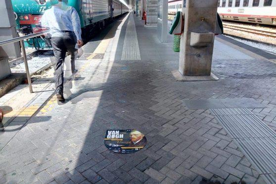 europemedia_pubblicita_in_stazione_satan_lucia_venezia_mostra_van_gogh_2