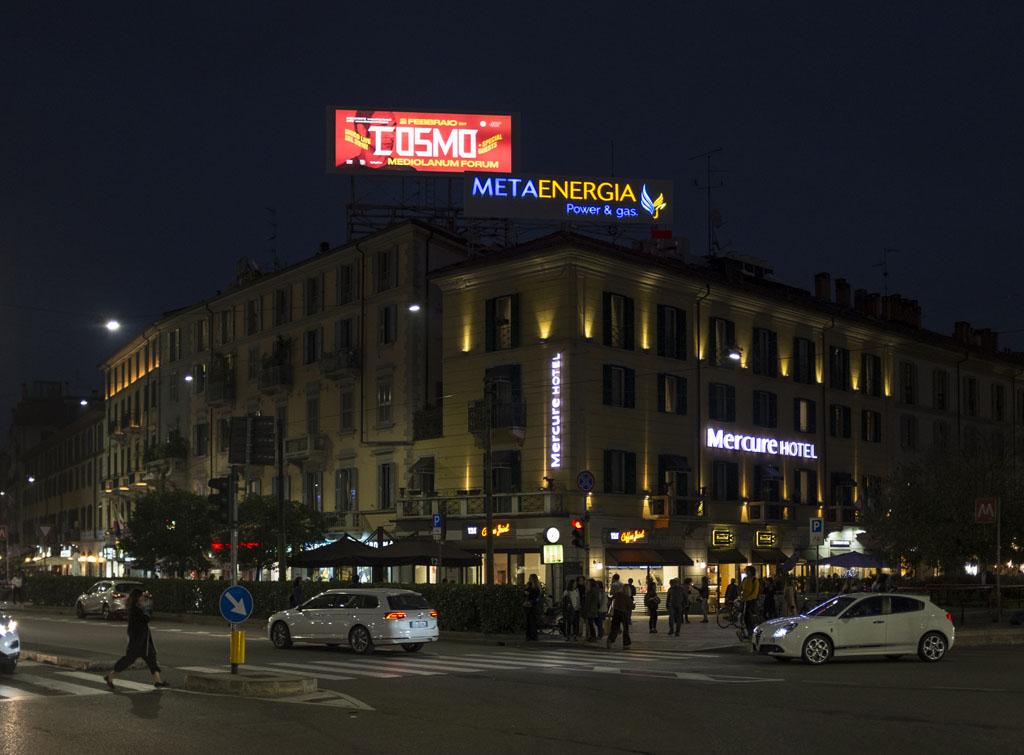 europemedia_maxi_affissioni_pubblicitarie_milano_piazzale_venezia_1