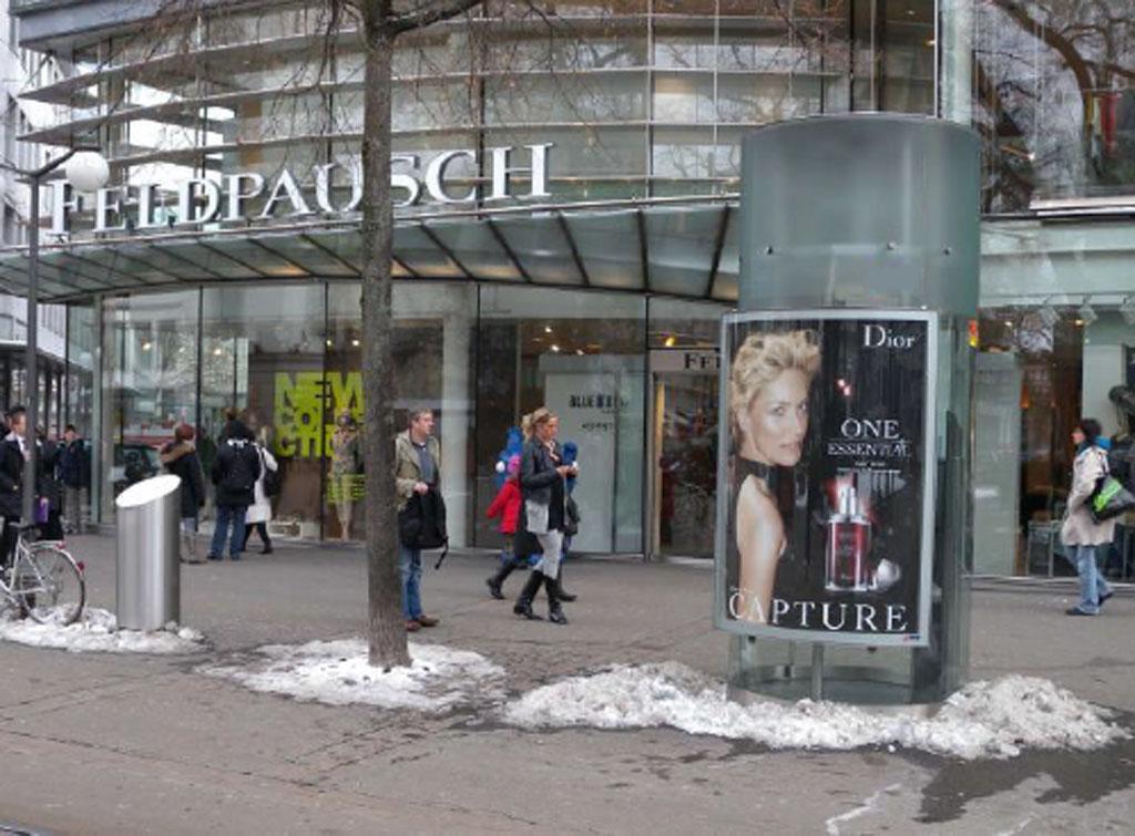 Europe Media Impianti Pubblicitari Citylight Zurigo Svizzera