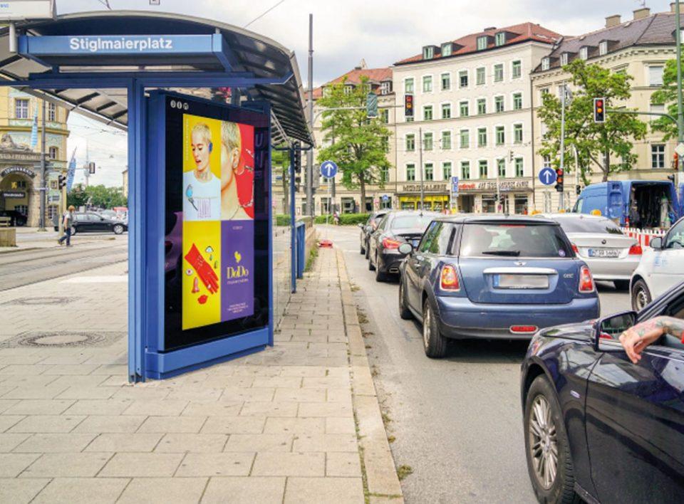 Europe Media Impianti Pubblicitari Monaco Citylight pensiline bus in Germania
