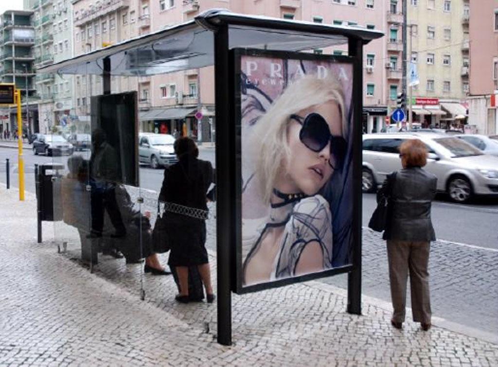 Europe Media Impianti Pubblicitari e Pubblicità Pensiline Bus Porto Portogallo