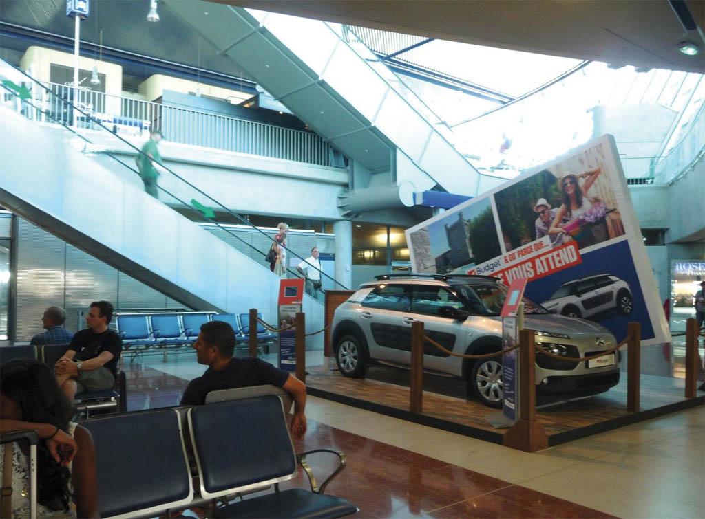 Europe Media pubblicità aeroporto di Cannes in Francia