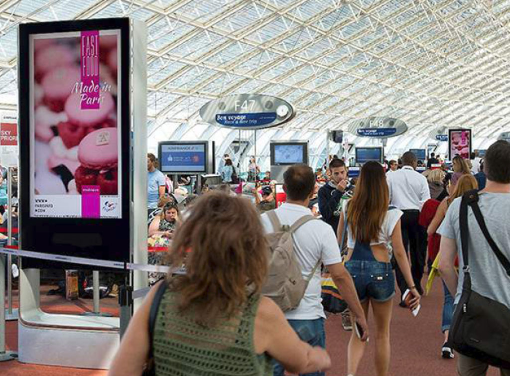 Europe Media impianti pubblicitari a Parigi, impianti digitali in aeroporto