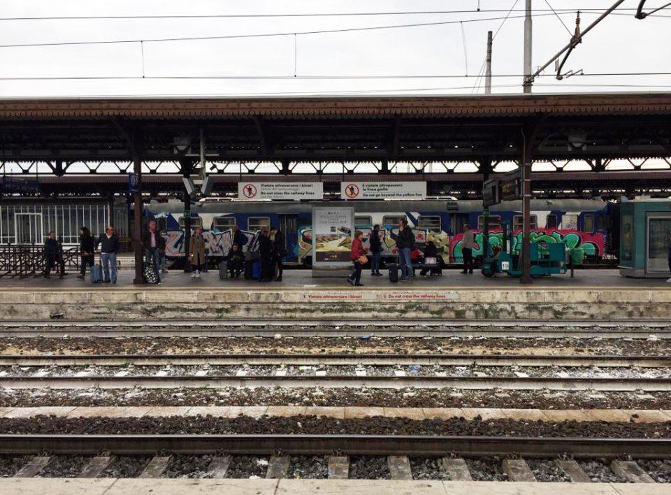 Europe Media Impianti Pubblicitari Scroller Mupi Stazione Verona