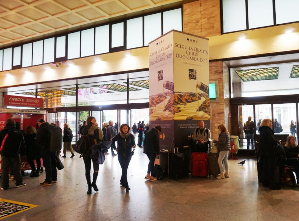 Europe Media Impianti Pubblicitari Totem Stazione Venezia