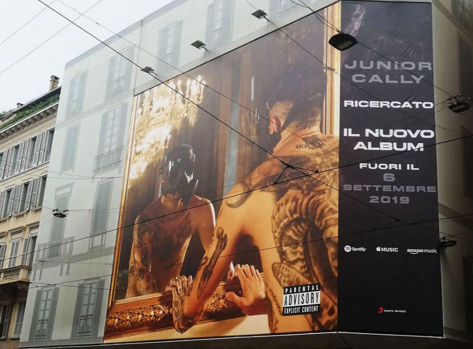 Europe Media pubblicità maxi affissioni Milano per Sony Italia
