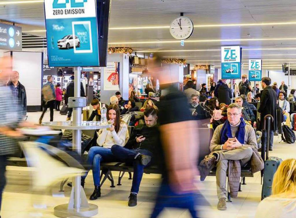 Europe Media Impianti Pubblicitari Aeroporto Budapest Polonia