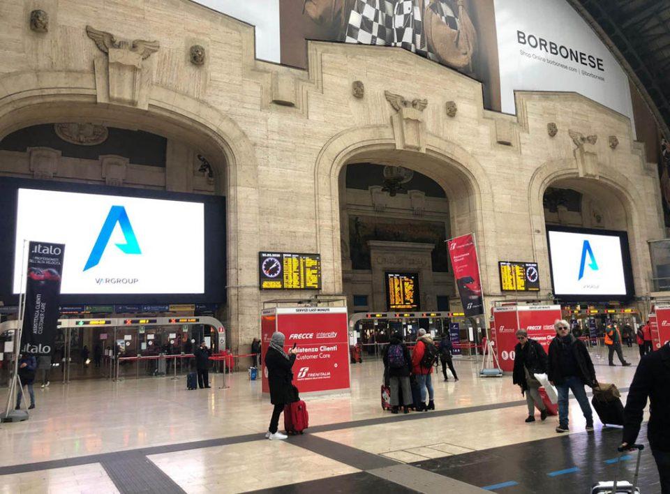 Europe Media impianti pubblicitari Digital maxi Led Wall Stazione Centrale di Milano