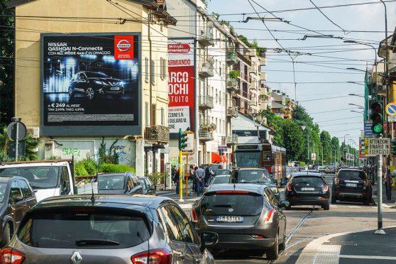Europe Media impianti affissioni pubblicitarie 6x6 metri LUX