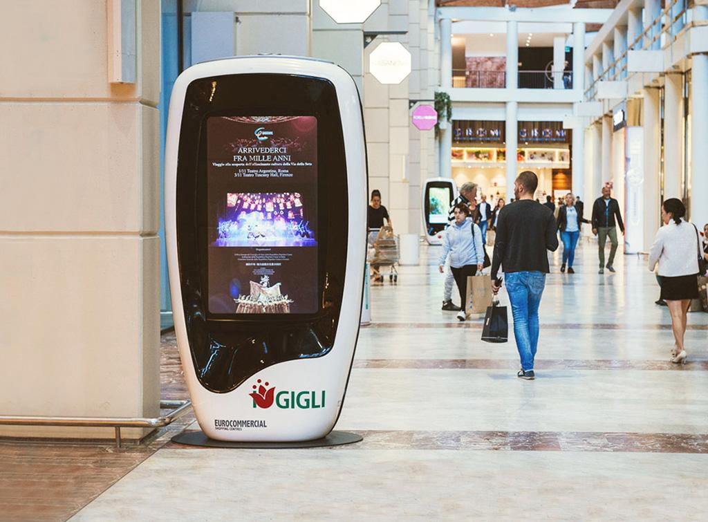 Europe Media Impianti Pubblicitari Digital Totem nei centri commerciali
