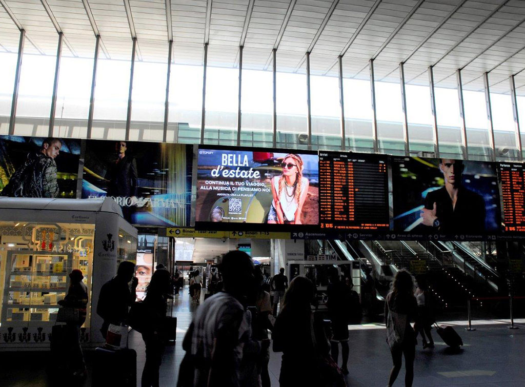 Europe Media Impianti Pubblicitari Digital Led Wall nel Circuito Grandi Stazioni Ferroviarie Roma