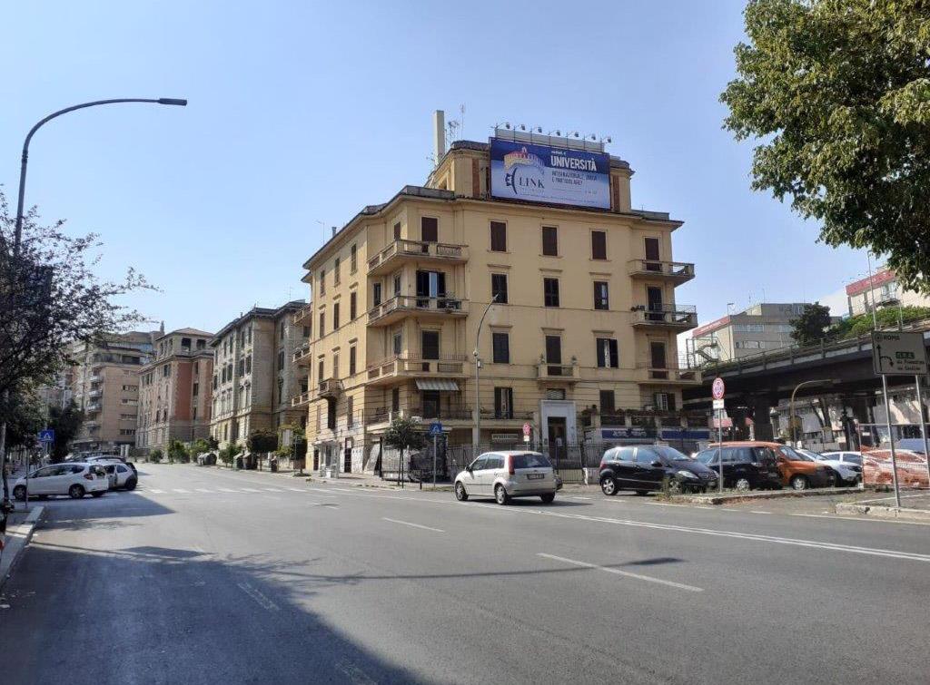 europemedia_impianti_pubblicitari_maxi_affissioni_grandi_scuole_3