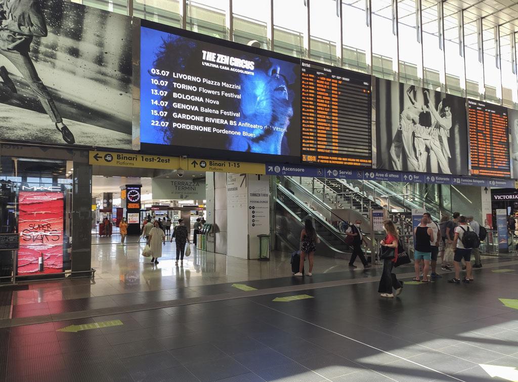 Europe Media Impianti Pubblicitari Maxi Led Stazione Roma Termini