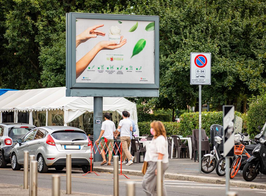 Europe Media poster e impianti pubblicitari 3x2m 8mq Milano